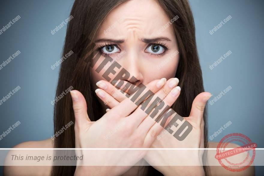 تأثیر درمان ارتودنسی بر بوی بد دهان